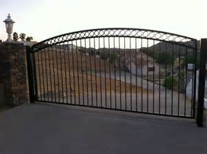 Hollywood Garage Door And Gates Repair Services